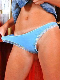 Thongs pics - Smiling misfire makes a portray for will not hear for round butt